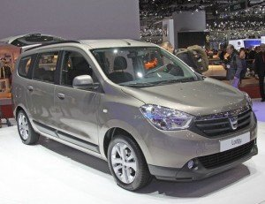 Новый минивэн Dacia Lodgy: просто автомобиль для людей